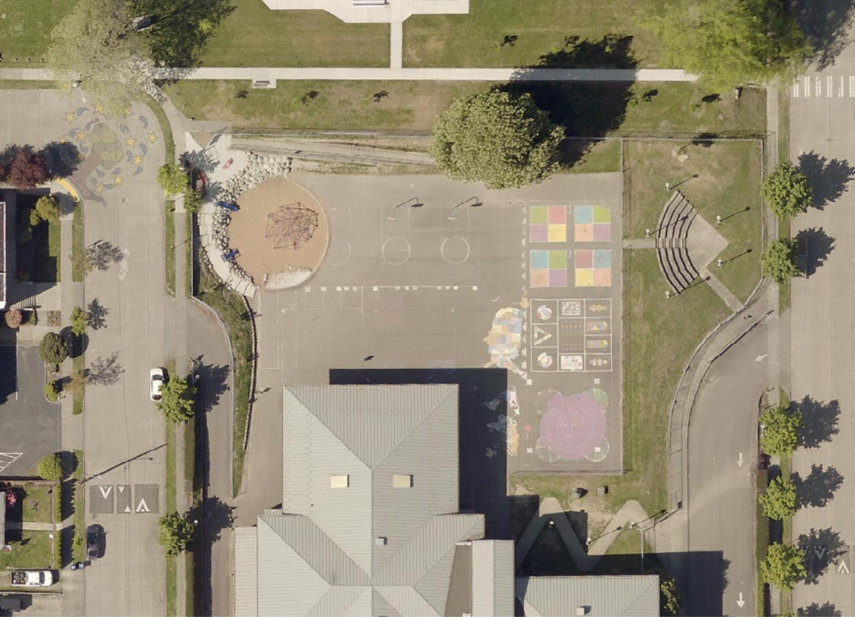 Aerial image of the Highland Park Elementary play area