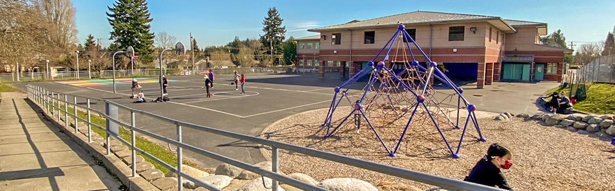 Highland Park Elementary school and playground.